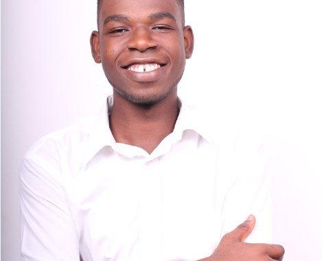 Meet Ghana's young and finest spoken word artist is Reginald Erzoah known in the art community as Skrybla. Skrybla is a spoken word artist
