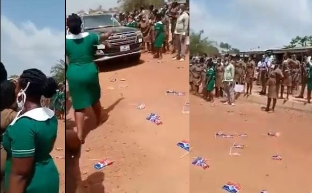 Trending Video Nursing Trainee Students Hoot At NPP Convoy